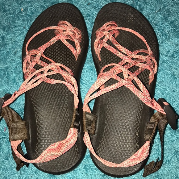 fe4ca116e601 Chaco Shoes - Coral Tribal Chacos